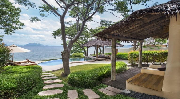 lux3714gb-154011-Sea-view-Pool-Villa