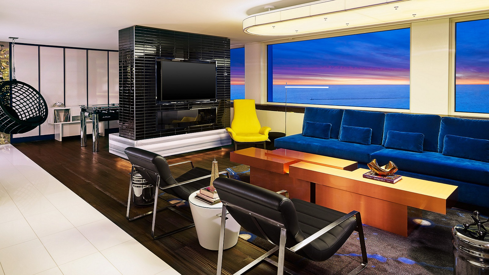 W Chicago Lakeshore SPG Hot Escapes