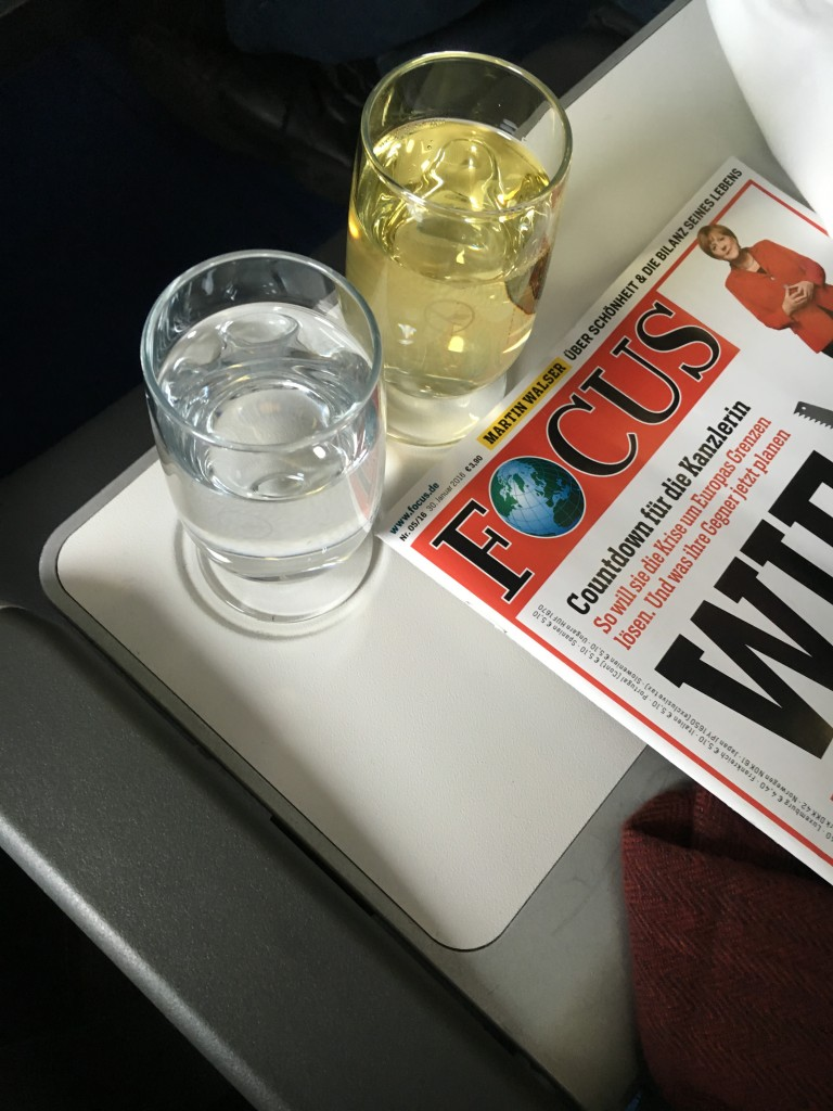 Lufthansa Business Class Getränkeservice