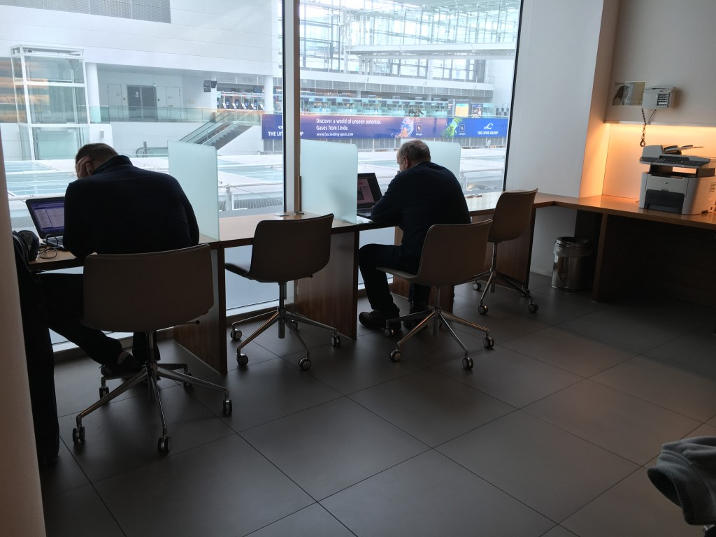 Lufthansa Senator Lounge München Non Schengen Business Center