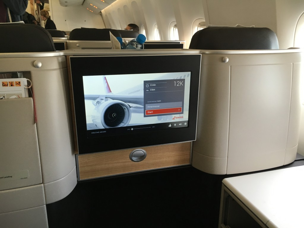 SWISS Boeing 777 Business Class - Monitor