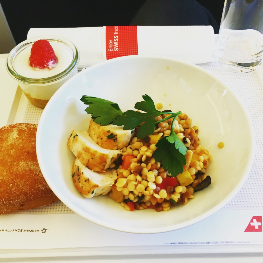 SWISS Boeing 777 Business Class - Snack
