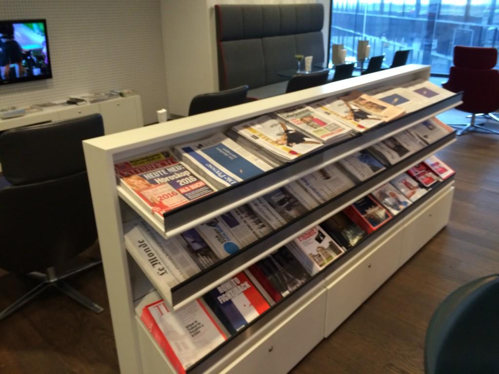 Austrian HON Circle Lounge Zeitschriften