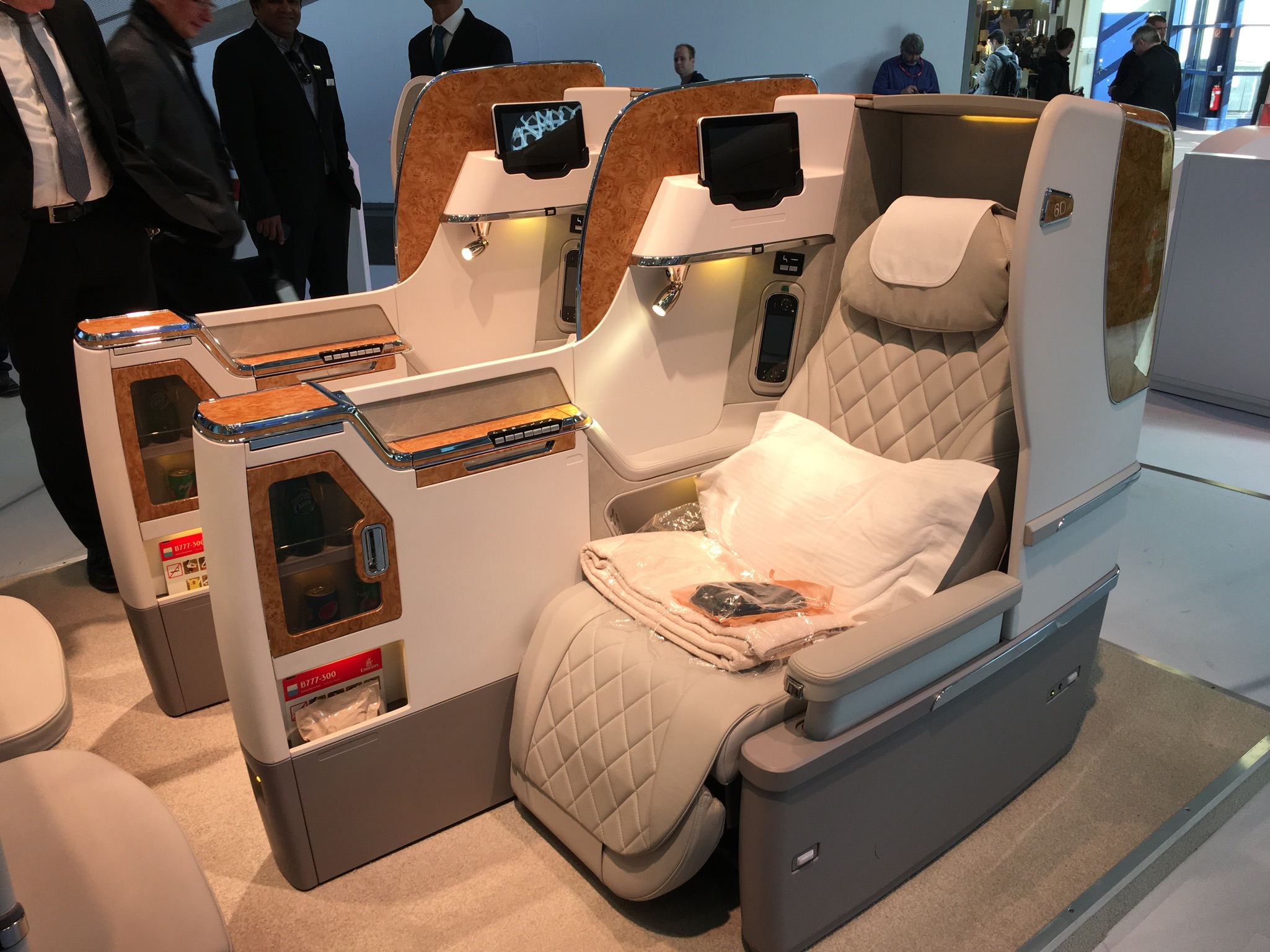 Emirates neue Business Class - Mockup ITB