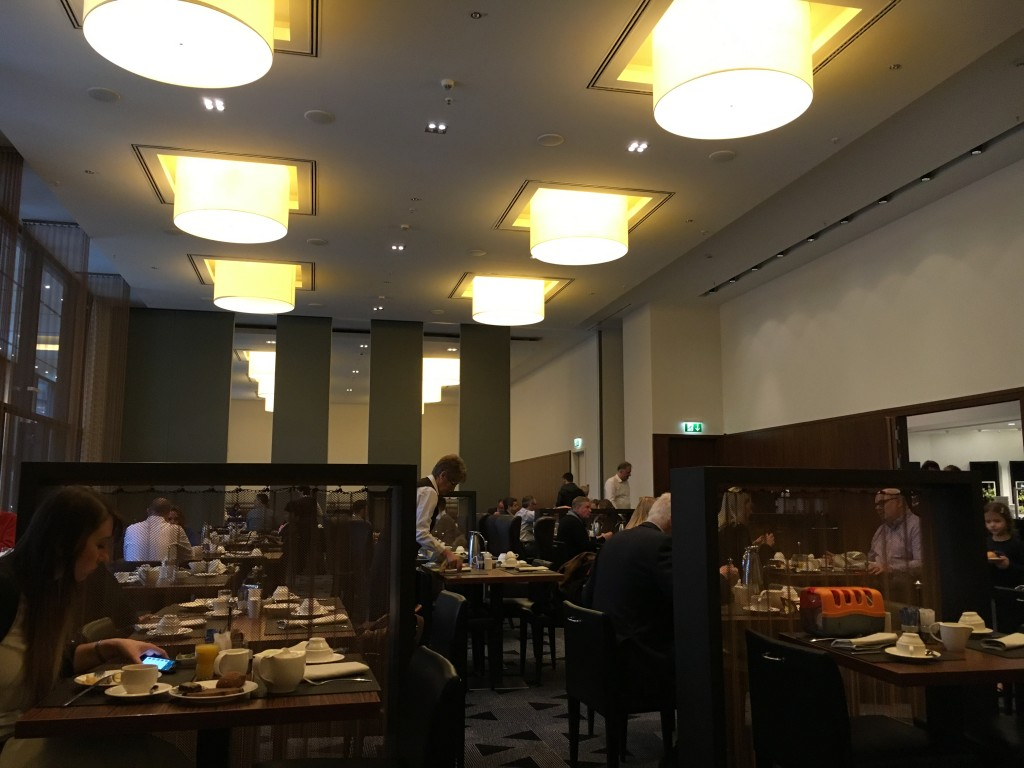 Sheraton Berlin Grand Hotel Esplanade - Frühstück