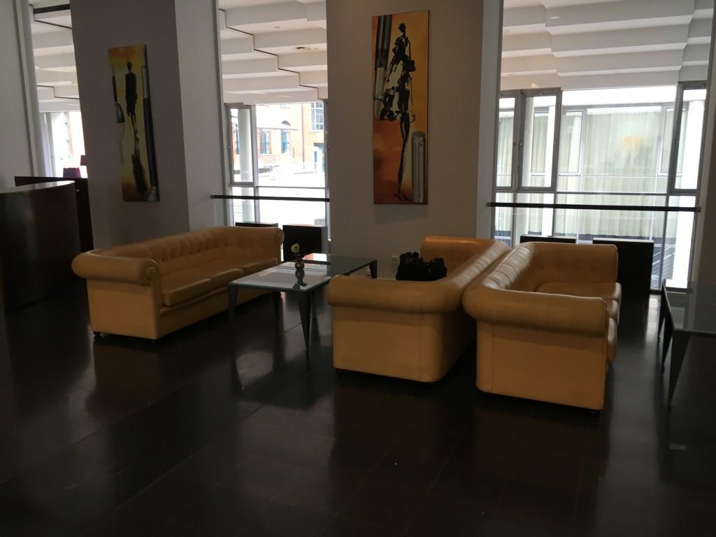 Sheraton Hannover Pelikan - Die Lobby