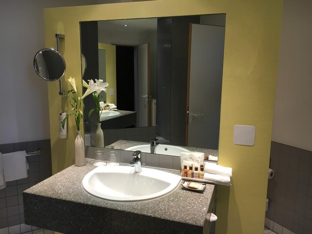 Sheraton Hannover Pelikan Hotel - Badezimmer der Deluxe Suite