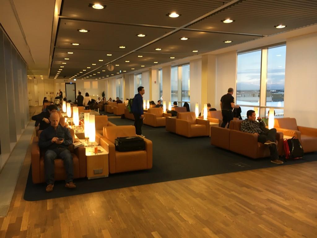 Lufthansa Senator Lounge Frankfurt Terminal 1B - Sessel