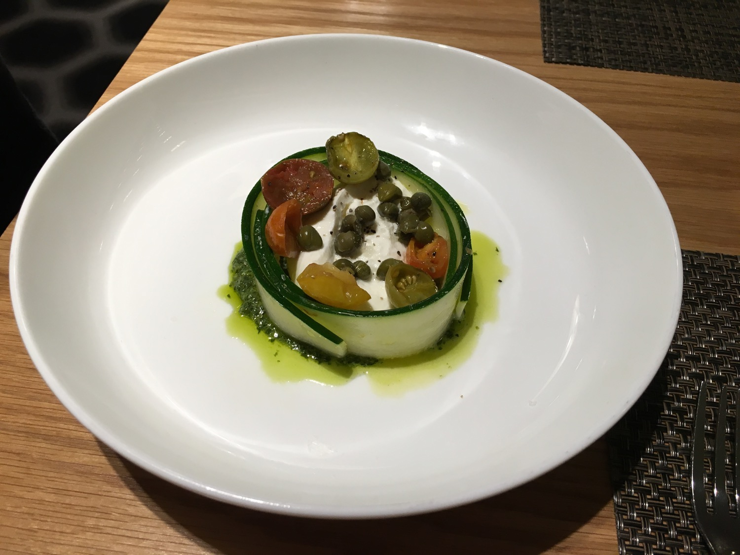 Qantas FirstClass Lounge Burrata - 1