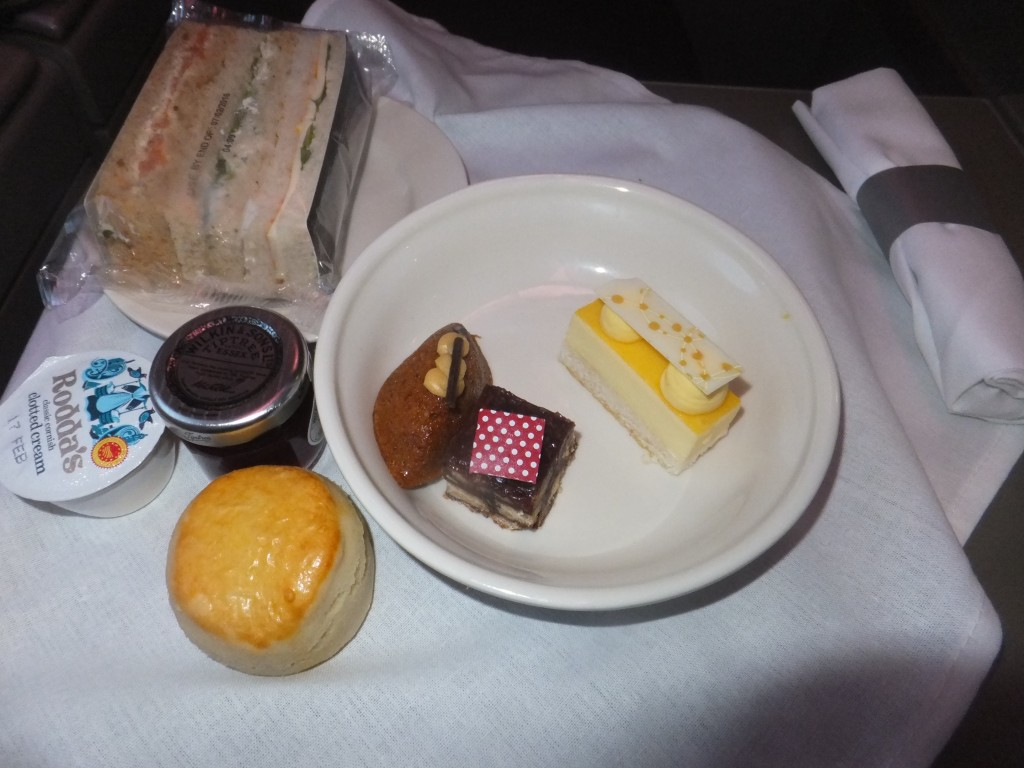 Afternoon Tea in der British Airways Club World A380