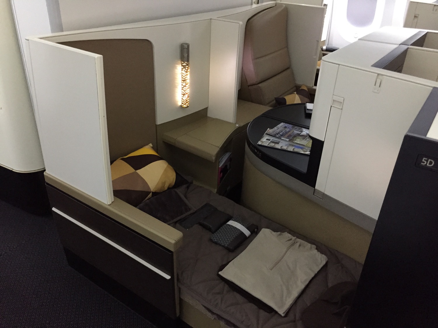 Etihad airways business class nach australien unter euro for Wohnlandschaft unter 600 euro
