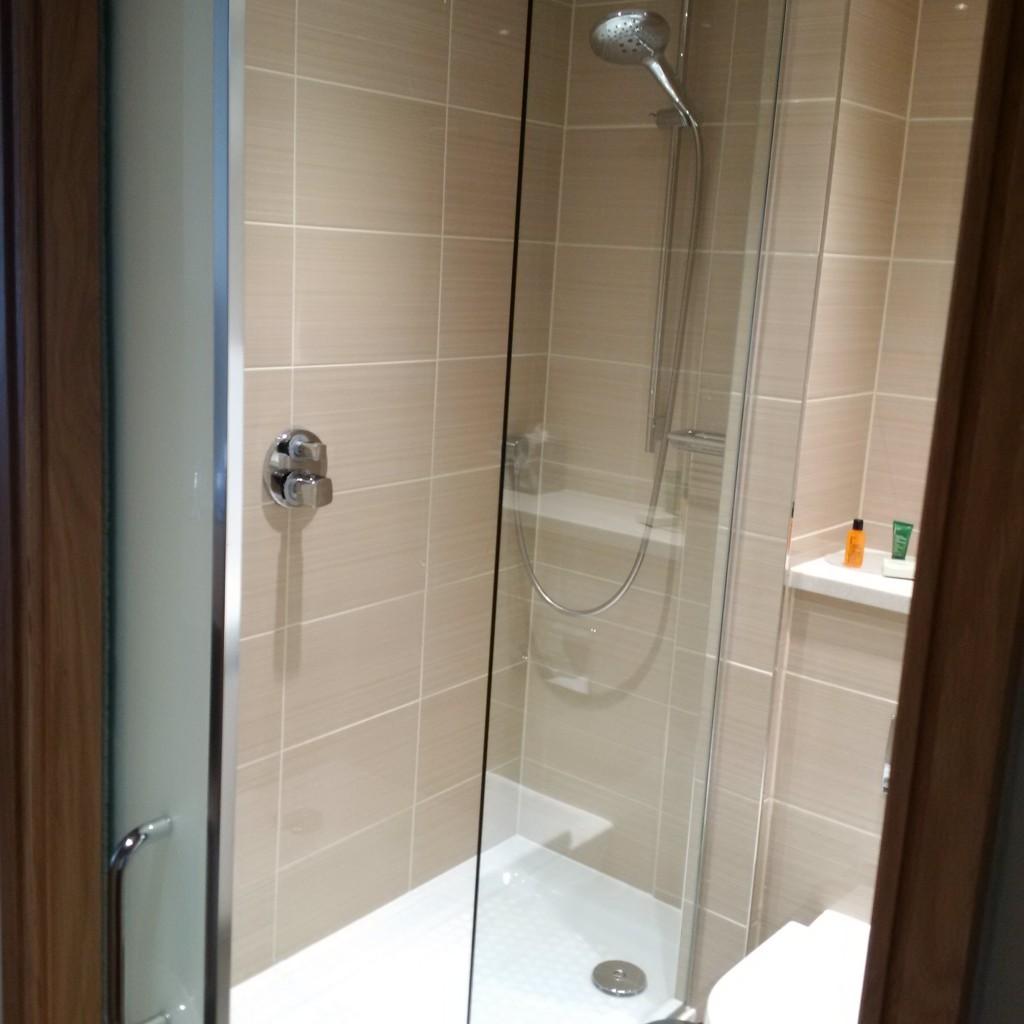Hilton London Metropole Deluxe Room Badezimmer