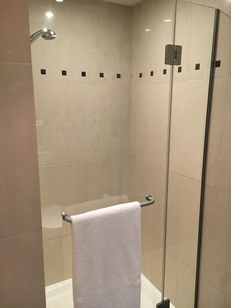 Badezimmer in der Penthouse Suite im Hilton Wien