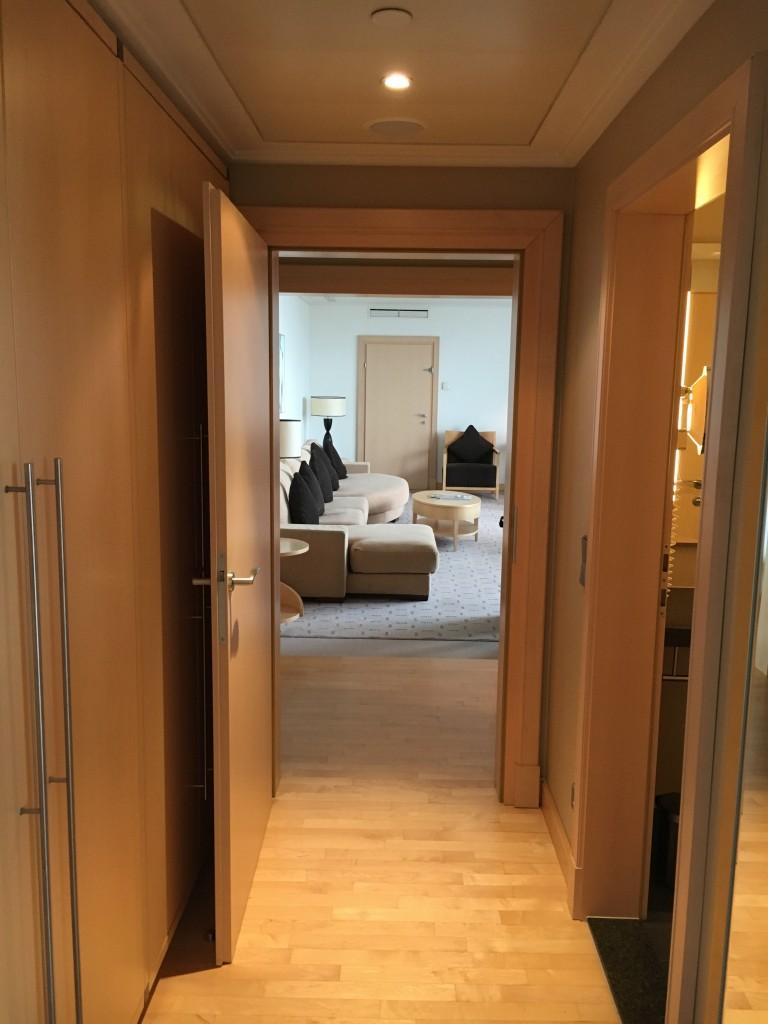 Hilton Wien Penthouse Suite Flur