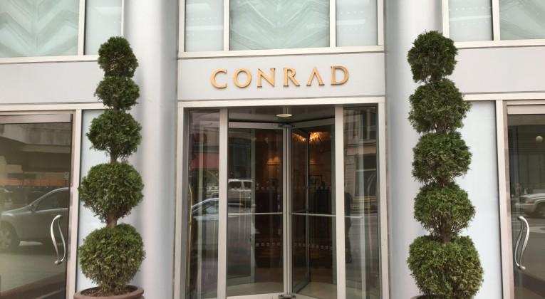 Conrad Indianapolis Eingang