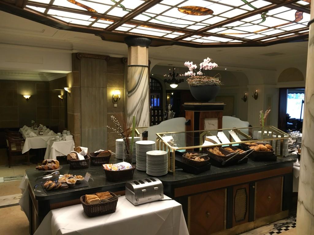 Le Méridien Grand Hotel Nürnberg Frühstück