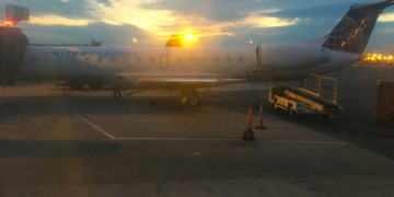 United Express ERJ 145-Gate