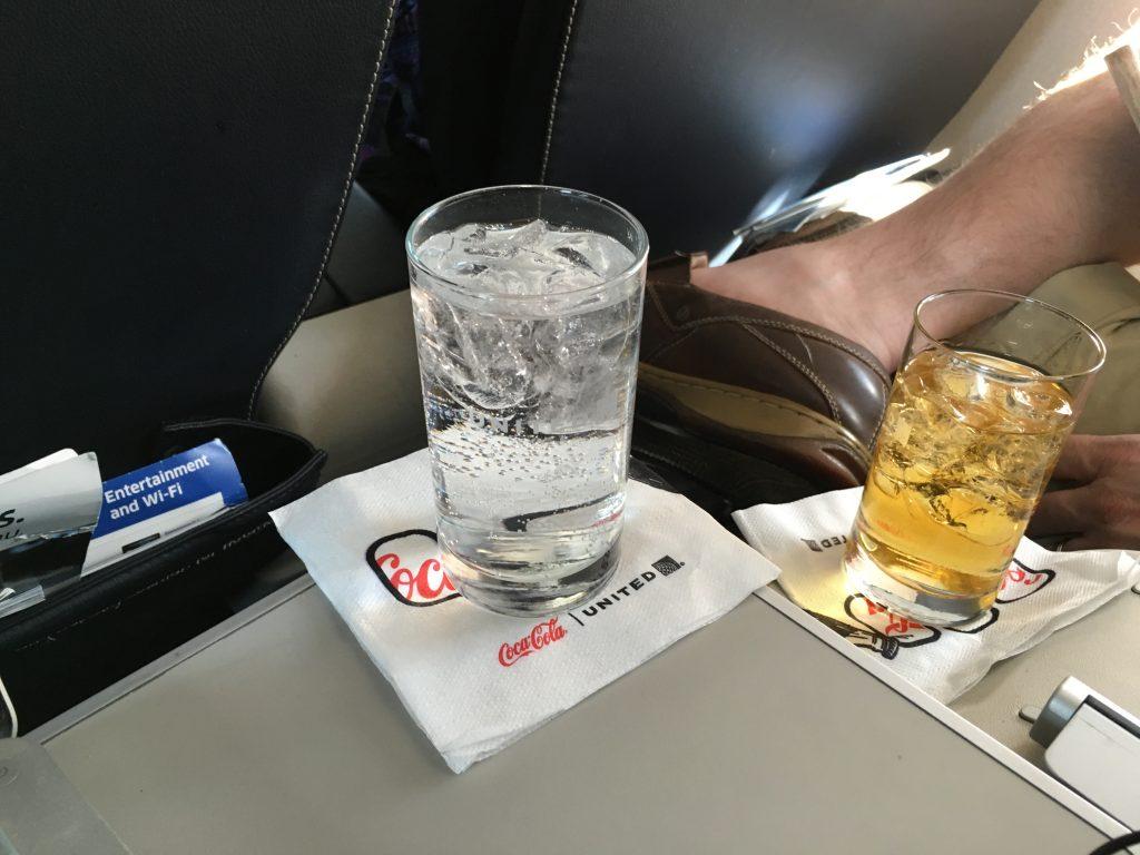 United Express First Class-ERJ175.7