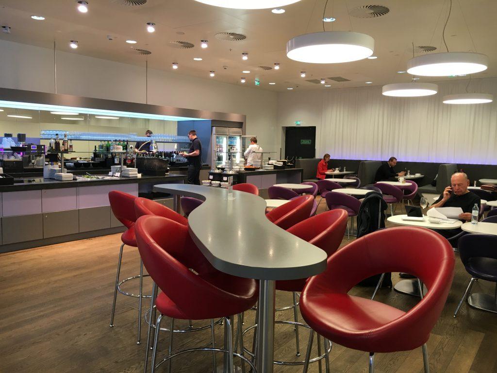 Austrian Airlines Senator Lounge Wien Bistrobereich