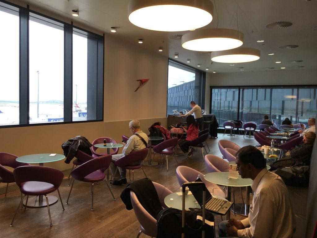 Austrian Airlines Senator Lounge Wien Sitzmöglichkeiten