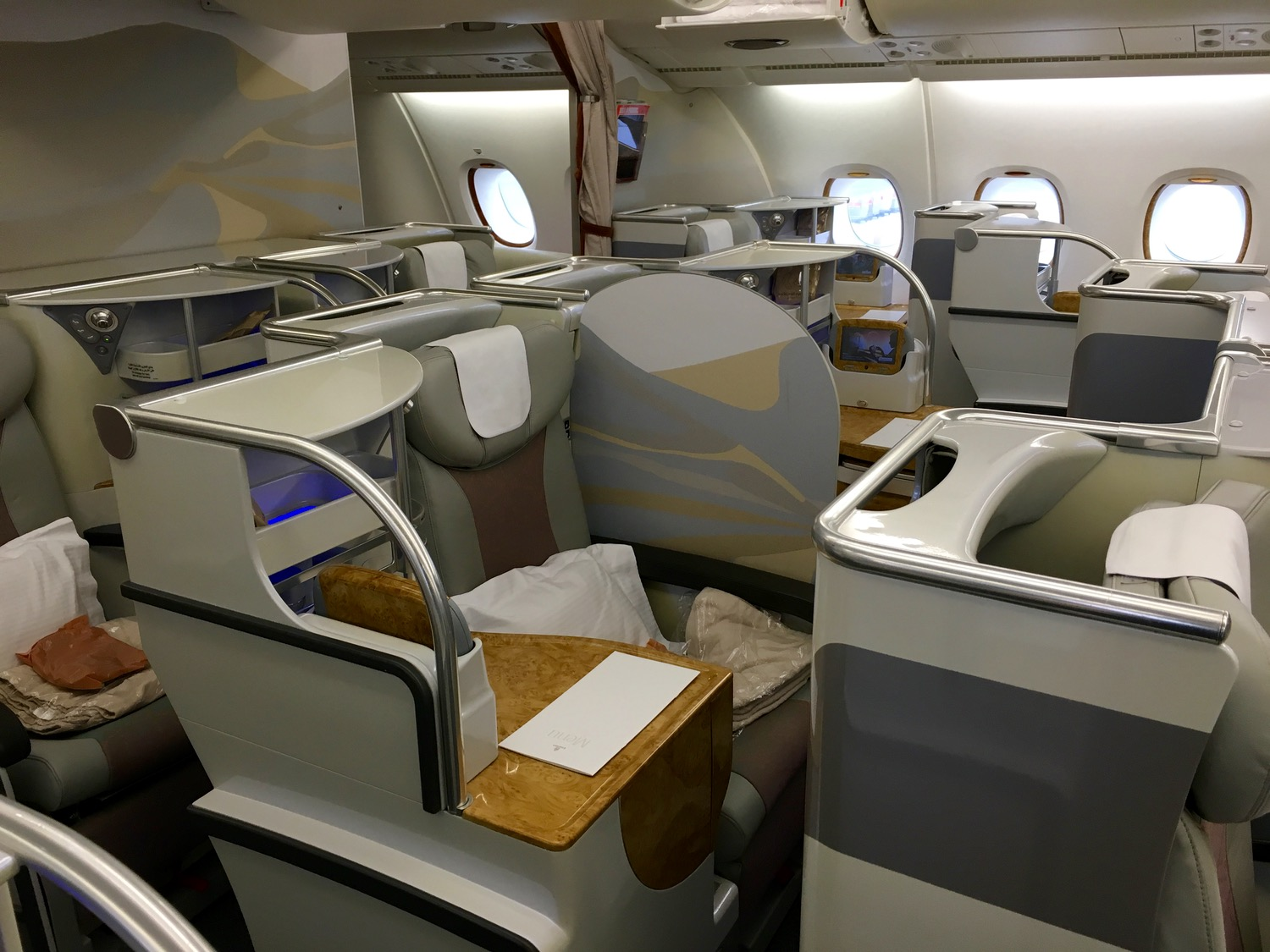 Emirates Special in Business und Economy Class