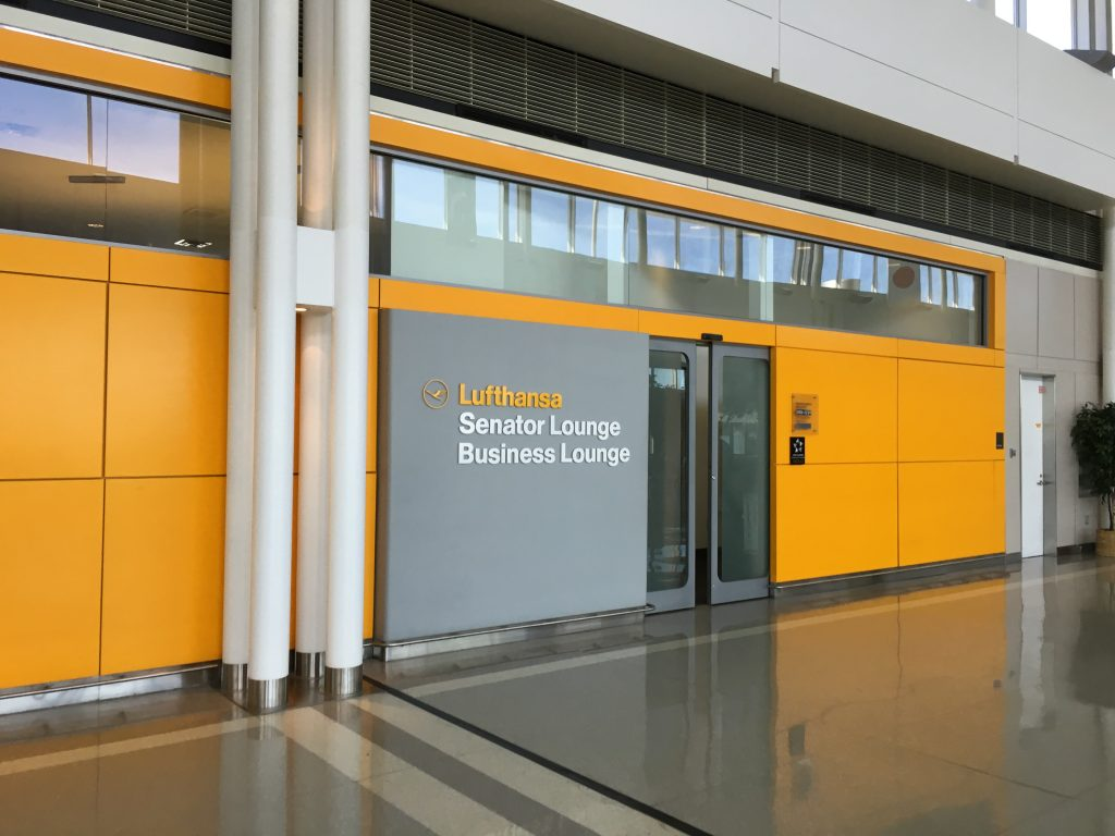 Lufthansa Senator Lounge IAD- Eingang