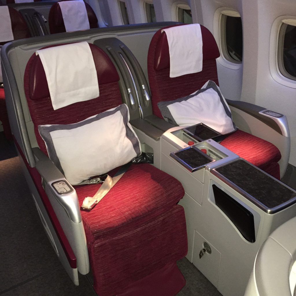 Qatar 777 Business - 1