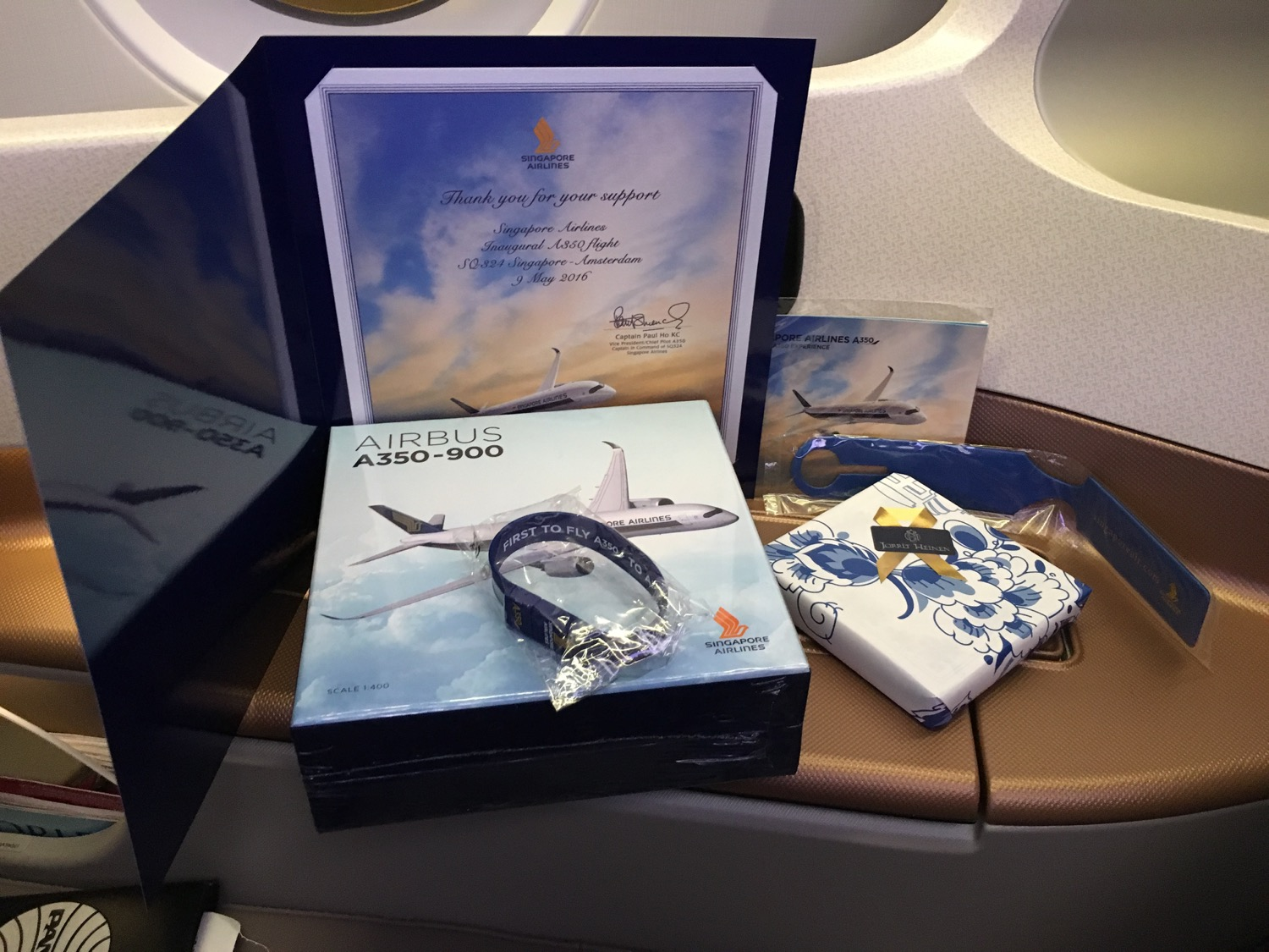 Singapore Airlines A350 Business Class Geschenk - 1
