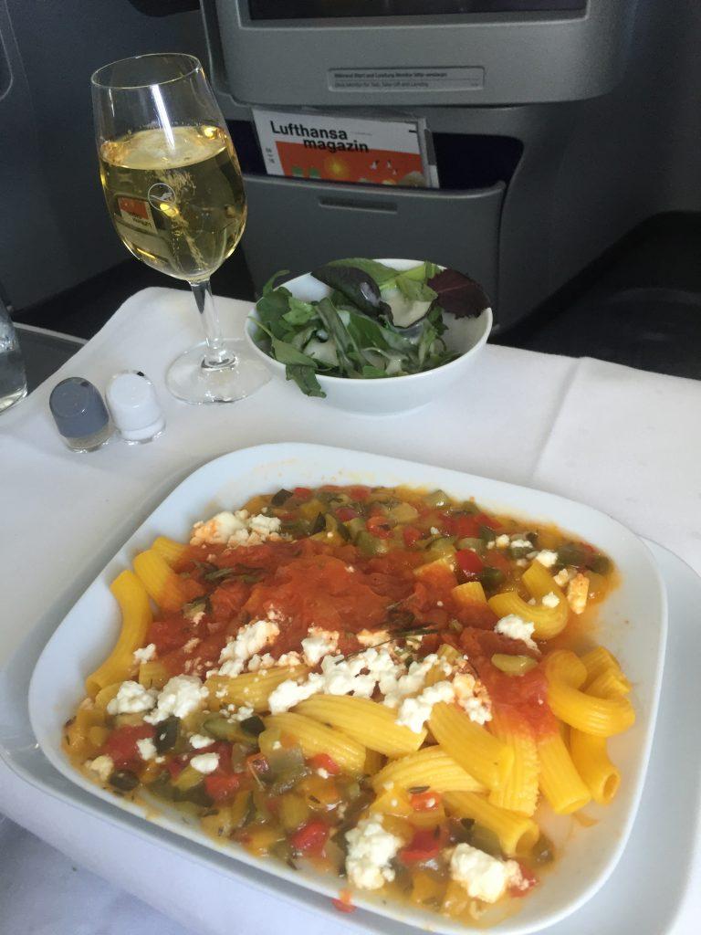 Lufthansa Business Class - Hauptgericht (Nudeln)