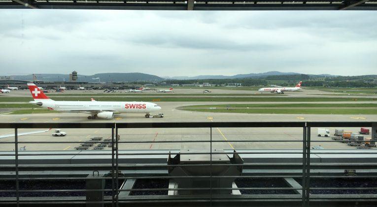 SWISS Senator Lounge Zürich Dock E