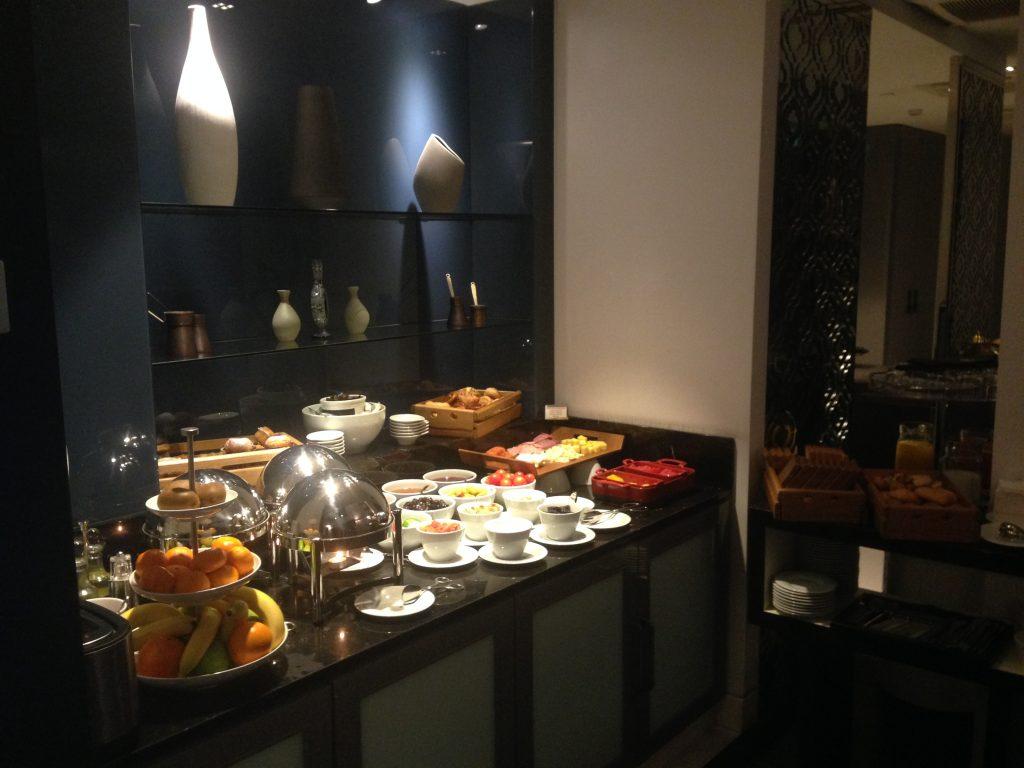 Le Meridien Istanbul Etiler Club Lounge