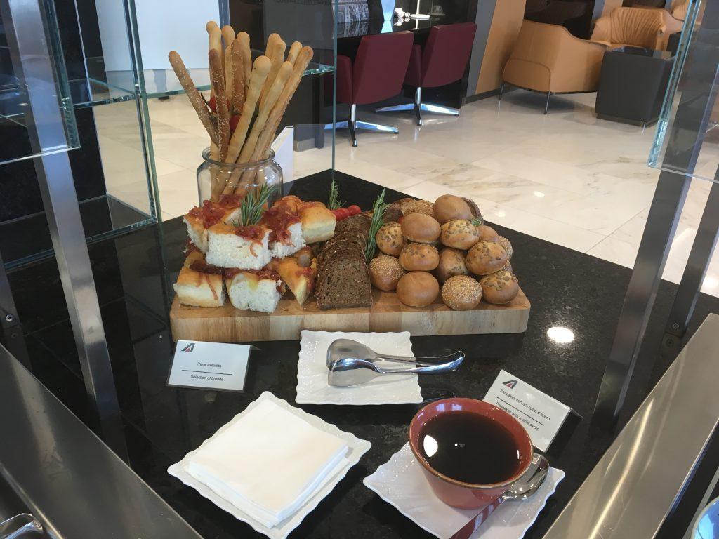 Casa Alitalia Mailand Buffet