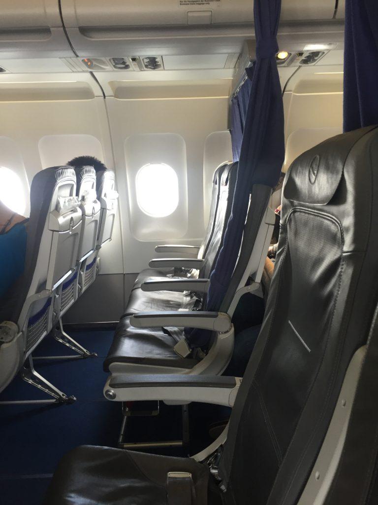 Lufthansa Business Class Upgrade - Kabine
