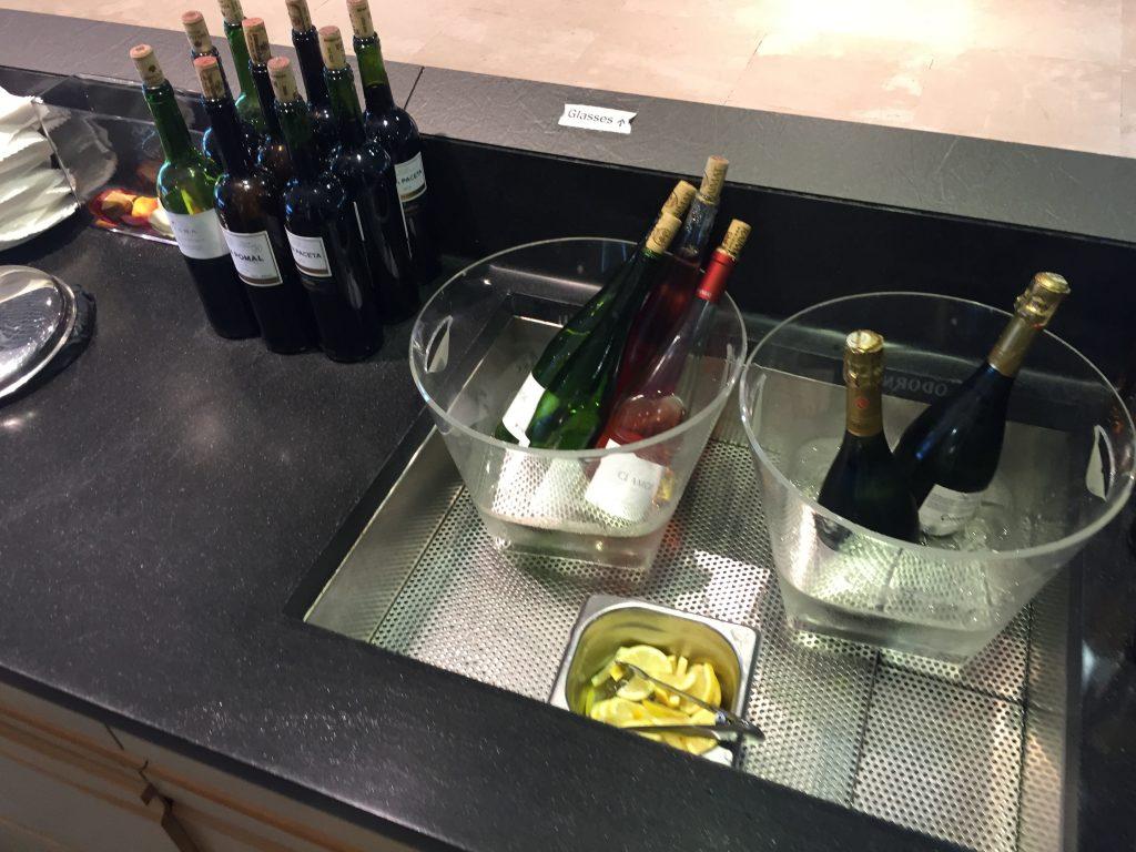 VIP Lounge Malaga - Alkoholische Getränke (Sekt und Wein)