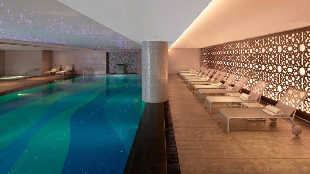 Le Meridien Istanbul Etiler Pool