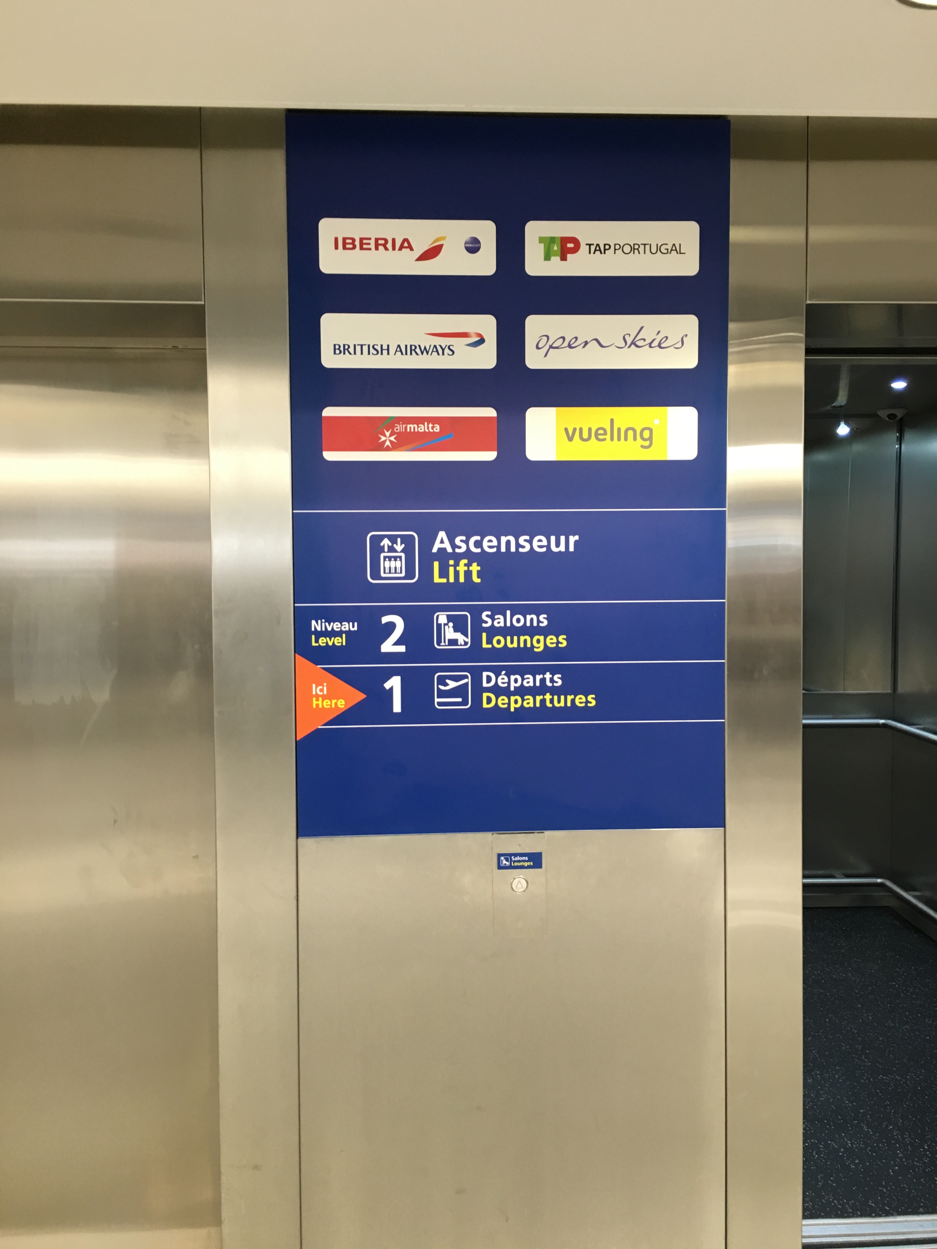 Iberia Lounge Paris Orly