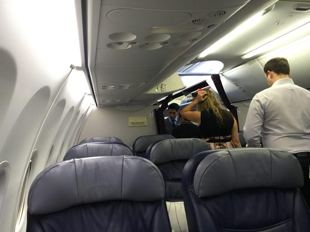 Malaysia Airlines Business Class Singapore - Kuala Lumpur