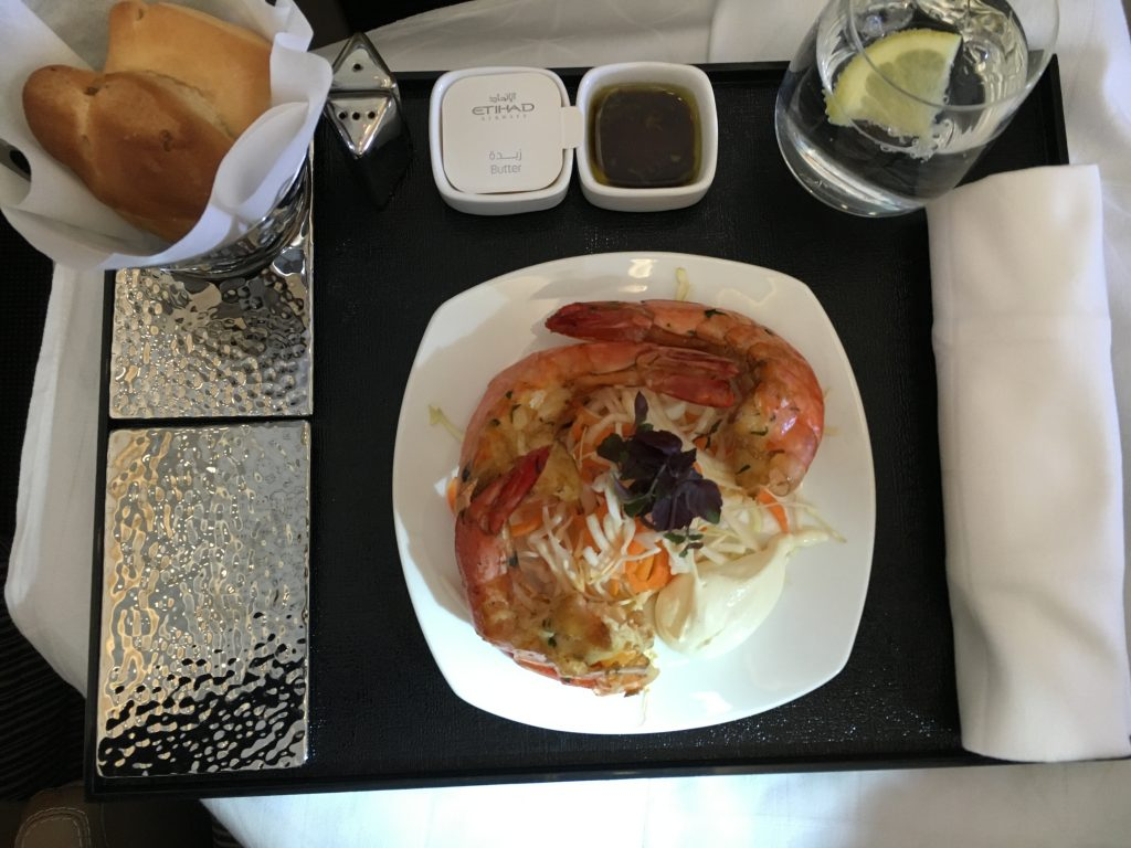Etihad Airways Business Class Vorspeise King Prawns
