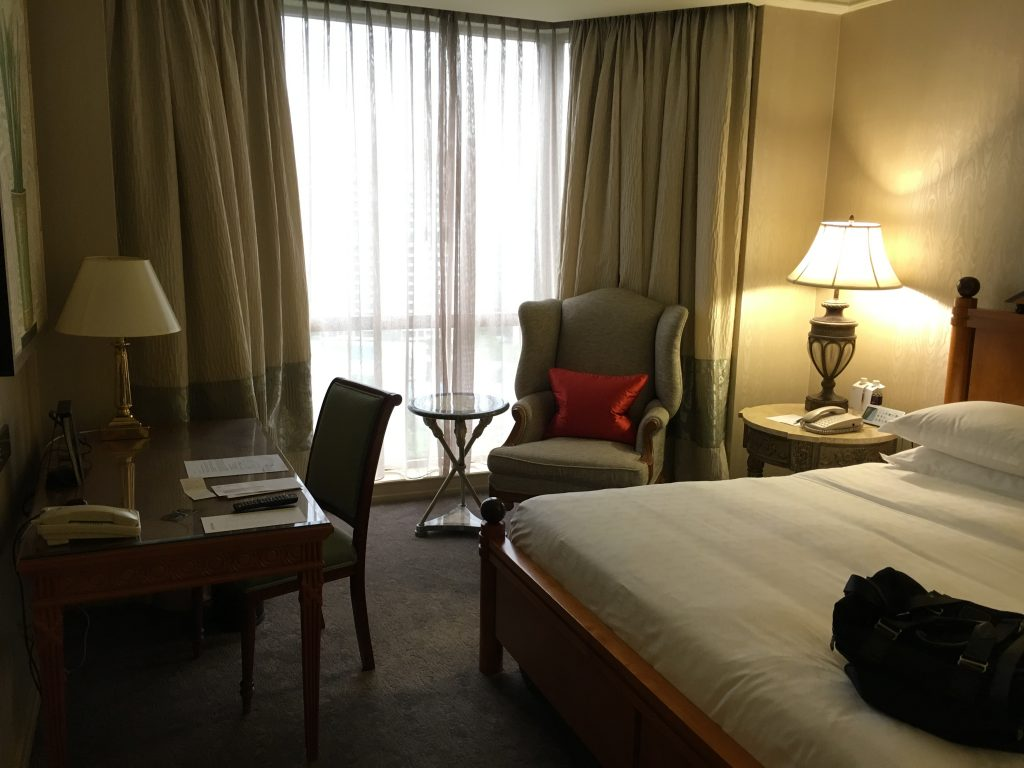 Sheraton Towers Singapore Executive Suite Schlafzimmer