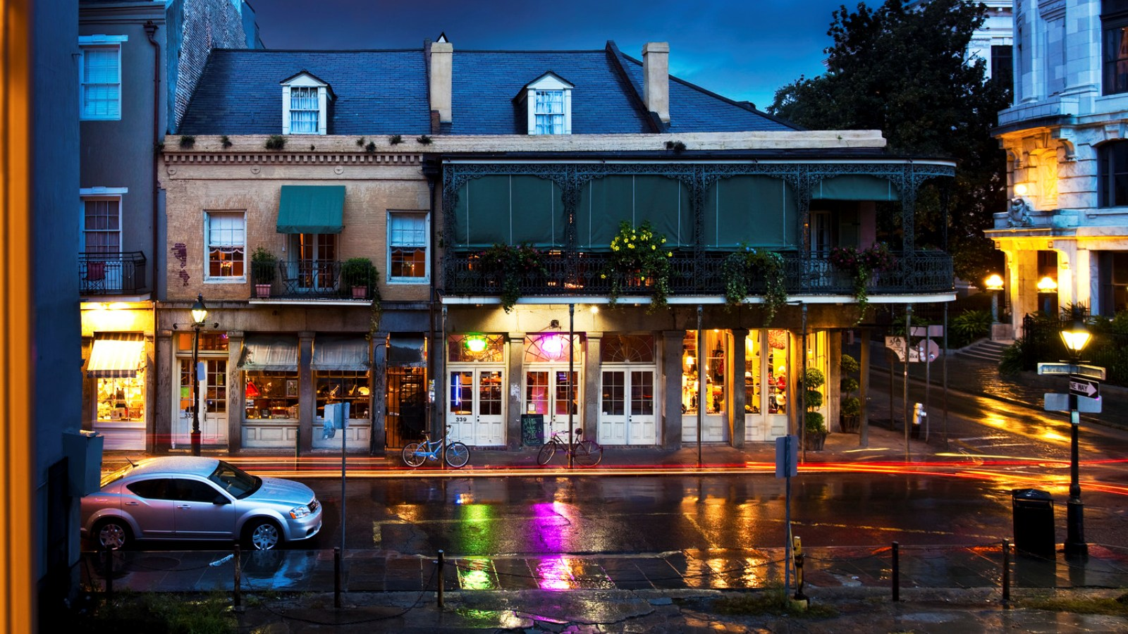 W New Orleans French Quarter SPG Hot Escapes