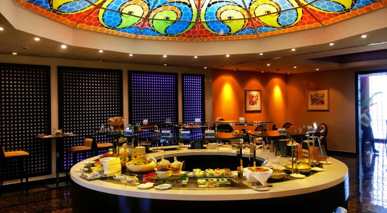 Oman Air Lounge Muscat - Buffetbereich
