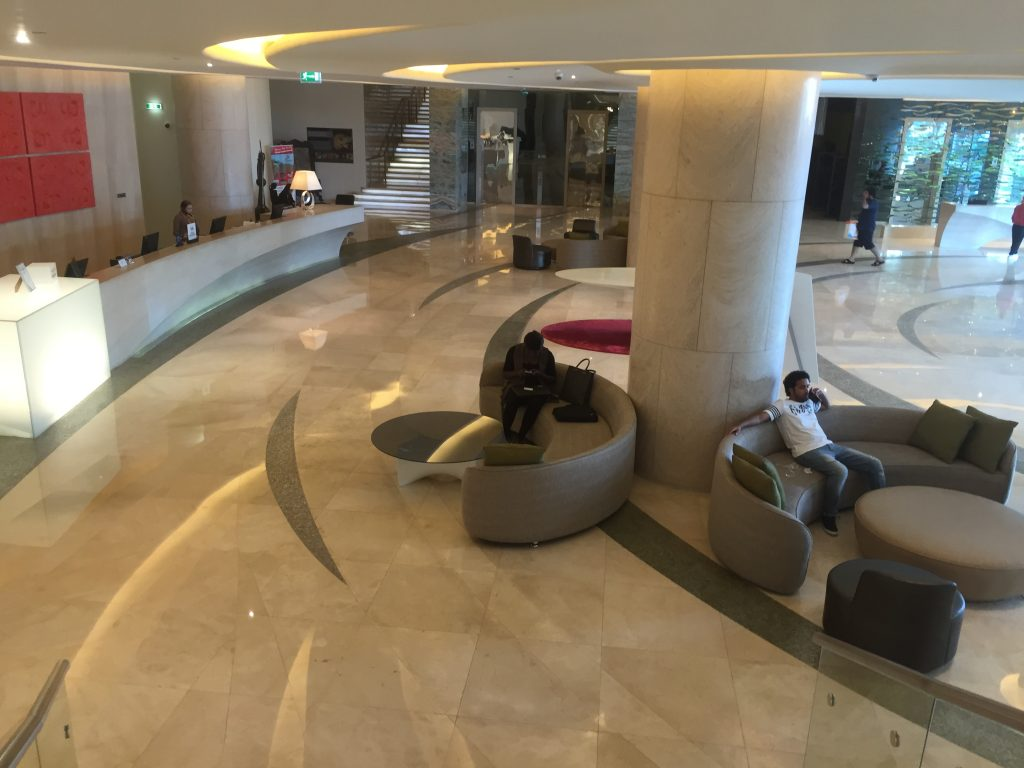 Hilton Capital Grand Abu Dhabi - Lobby