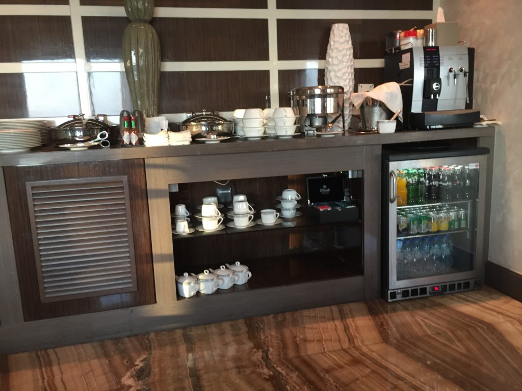 Hilton Capital Grand Abu Dhabi _ Executive Lounge (Buffet)