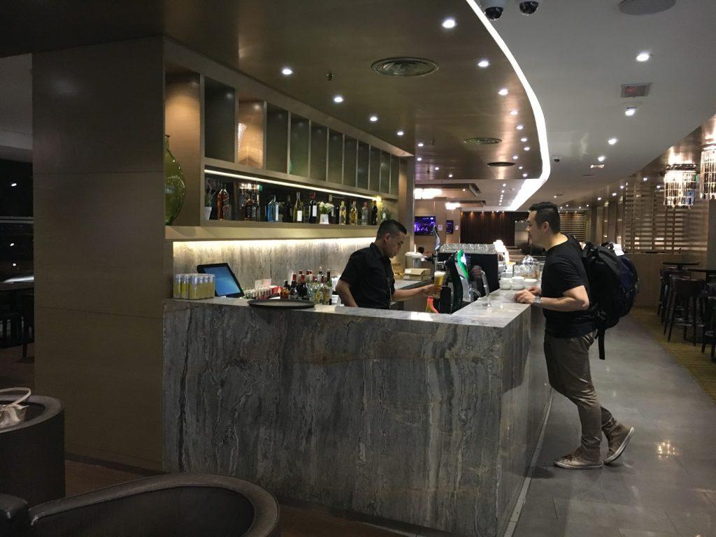 Plaza Premium Lounge Kuala Lumpur Bar