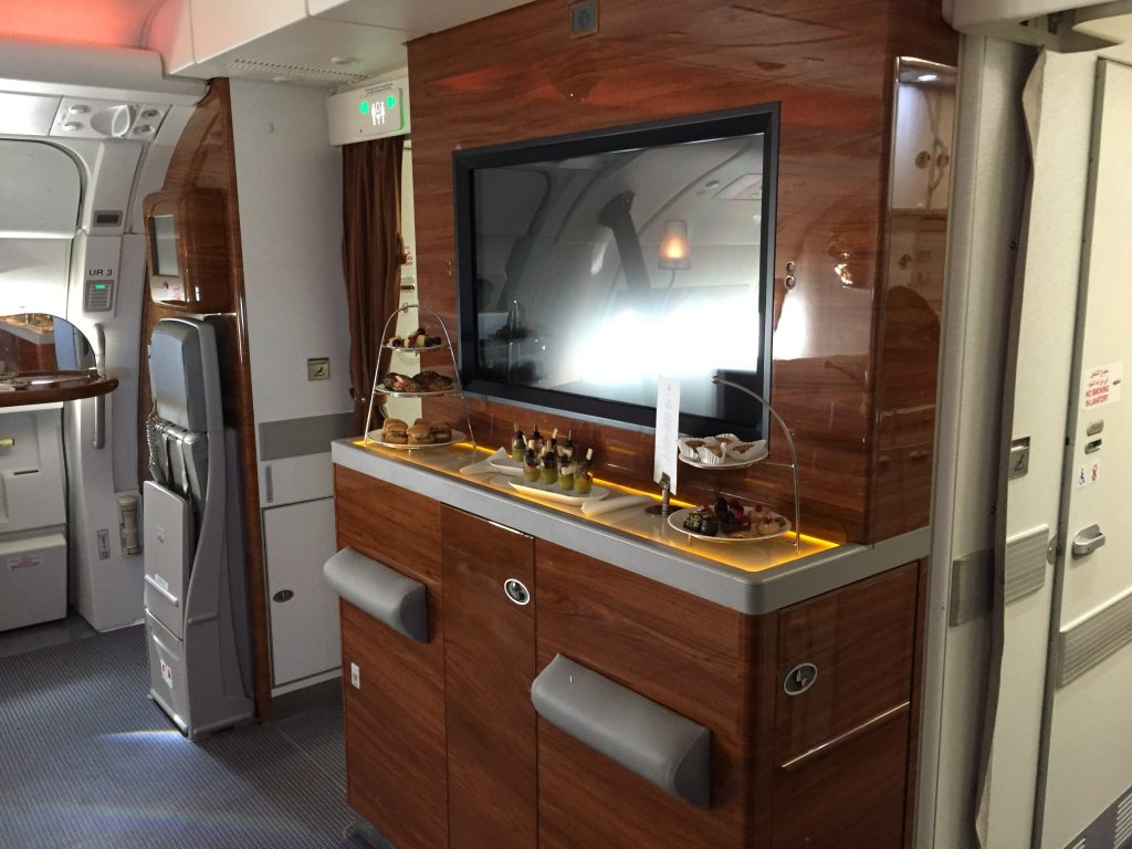 Emirates Business Class Skybar