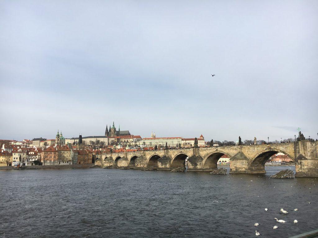 Lufthansa Gutschein nach Prag einlösen