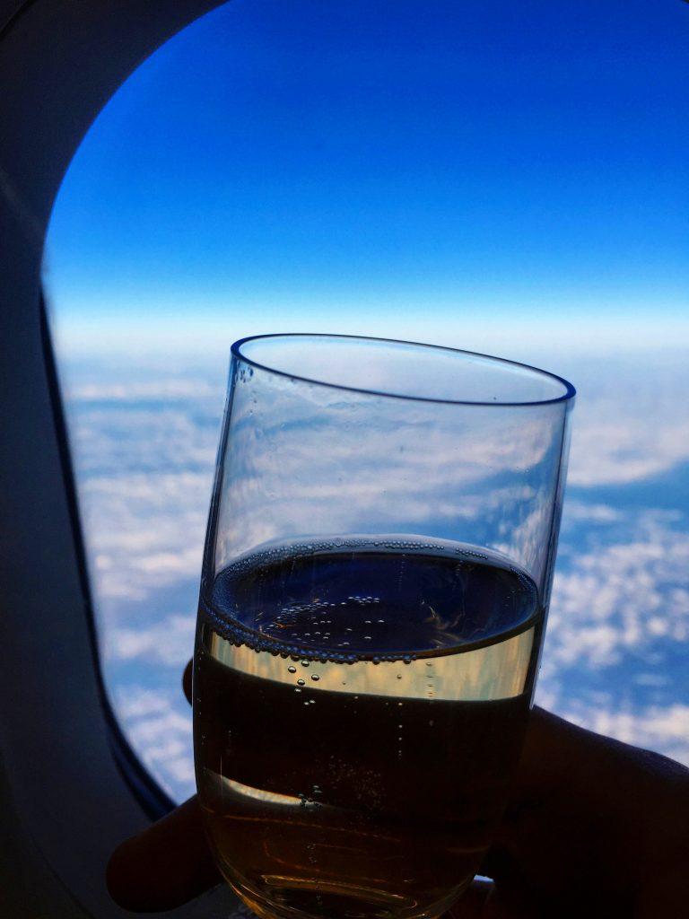 Swiss European Business Class - Champagner