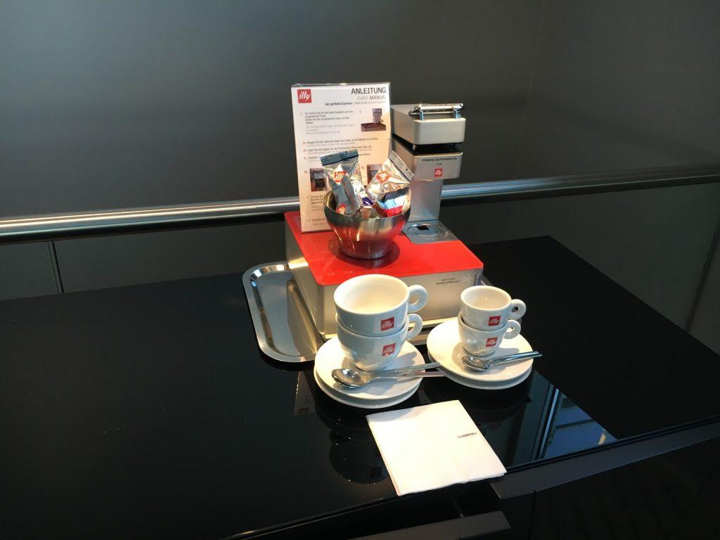 Le Méridien Hamburg Espressomaschine
