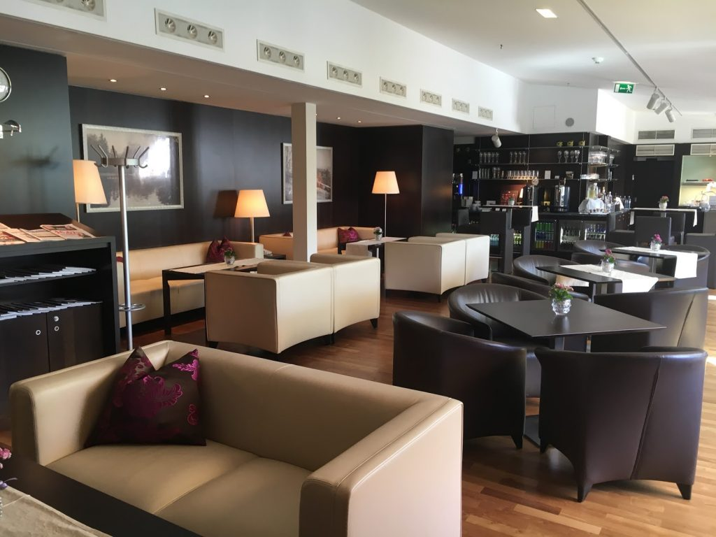Sheraton Grand Salzburg Etage 7 Club Lounge