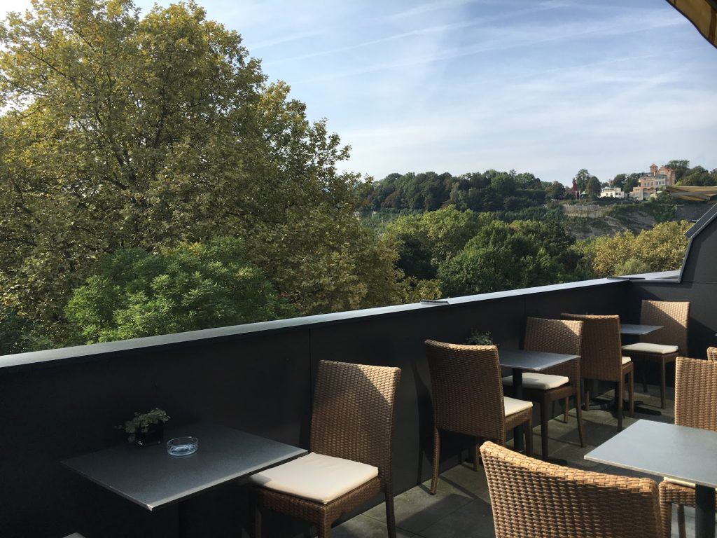 Sheraton Grand Salzburg Etage 7 Club Lounge Terrasse
